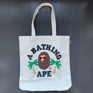 NEW A Bathing Ape Tote 🦧 🌴